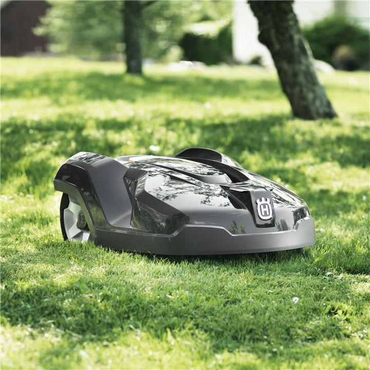 ハクスバーナのロボット芝刈り機