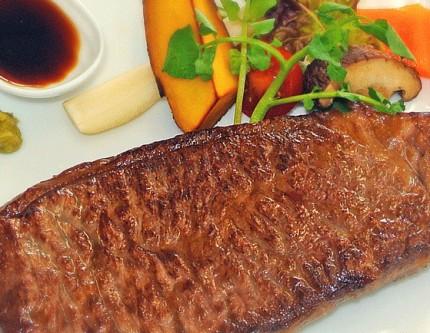 会津牛のステーキ