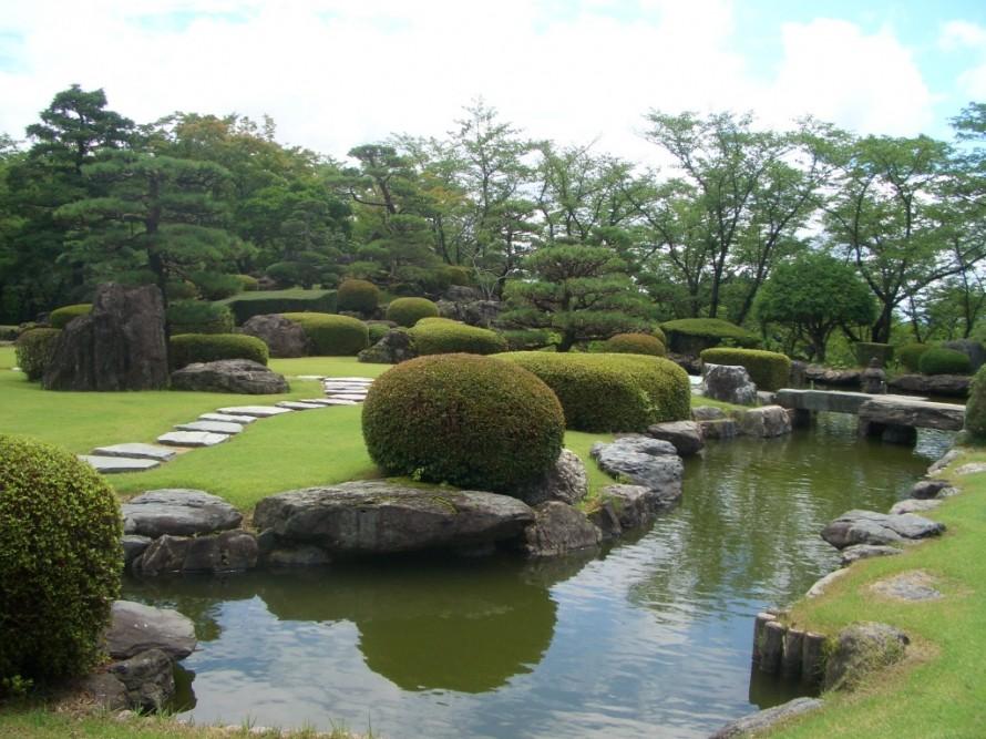 逢瀬公園の日本庭園