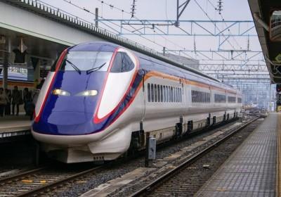 山形新幹線新つばさ