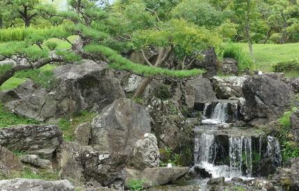 福島空港公園の岩園
